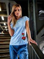 T-shirt damski błękitny z naszywkami FLOWERS                                  zdj.                                  1