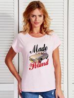 T-shirt damski z nadrukiem samochodu Syrenki jasnoróżowy                                  zdj.                                  1