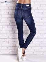 TOM TAILOR Ciemnoniebieskie przecierane spodnie jeansowe                                                                          zdj.                                                                         3