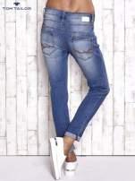 TOM TAILOR Niebieskie spodnie jeansowe tapered z napami                                  zdj.                                  2