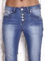 TOM TAILOR Niebieskie spodnie jeansowe tapered z napami                                  zdj.                                  4