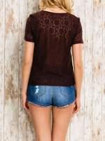 VERO MODA Ciemnofioletowy ażurowy t-shirt                                  zdj.                                  2