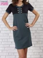 Czarna melanżowa sukienka ze złotymi guzikami                                                                          zdj.                                                                         1