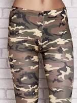 Zielone legginsy z motywem moro