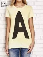 Żółty t-shirt z literą A                                  zdj.                                  1
